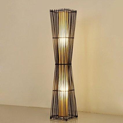 No Name LYM Chinesische Rattan-Stehlampe